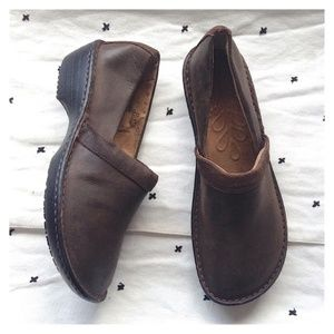 G.H. Bass & Co. Meridian Leather SureGrip Clogs